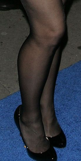 tina fey shoes | Celebrity Legs and Feet in Tights: 11/30/16