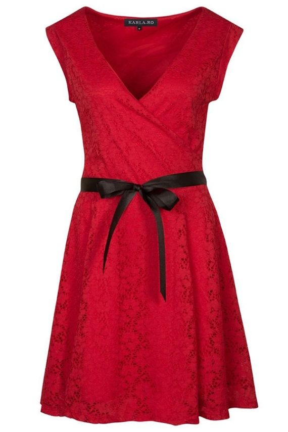 Castigi rochia preferata daca dai share acum! Mai multe share-uri, mai multe sanse! Rochie Eliana PLUS