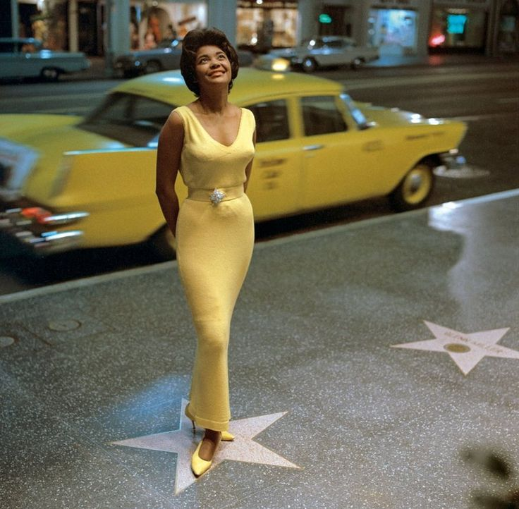 Nancy Wilson on Hollywood Boulevard in 1963