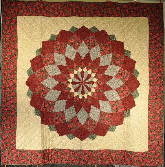 Beautiful Amish Handmade Quilt Red Green Giant Dalia 107