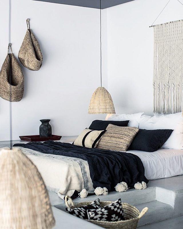 Canastos para side bed light.  Master