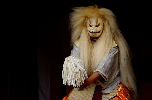 """1800mlph:  Kagura dance -3 / Kumano shrine on Flickr.神楽舞 -3 / 熊野神社 @埼玉県川越市連雀町  """
