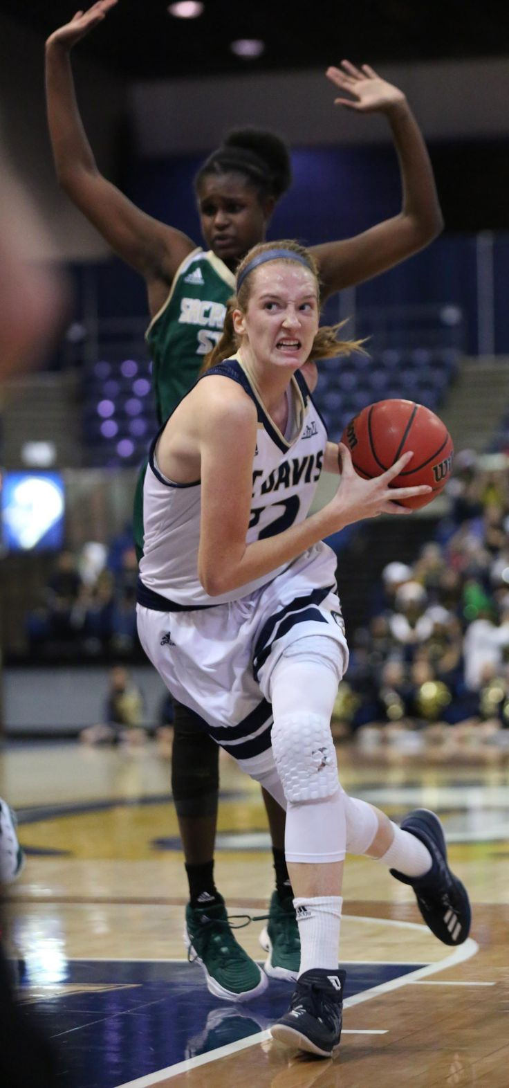 Sacramento State was not your typical 1-5 basketball team coming into Thursday's non-league game against the undefeated UC Davis women at The Pavilion. The Hornets had lost at Kentucky, at No. 11 West Virginia, at 5-2 Arizona State, at 5-3 Morehead State and in Reno to Nevada. The...  http://www.davisenterprise.com/sports/no-8-aggie-women-finally-swat-pesky-hornets-79-72/  #davisenterprise #Sports #B1, #PRINTED
