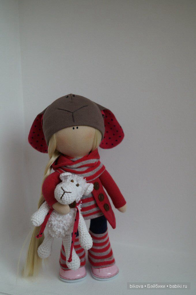 Добрый день!!! Хочу показать новую куколку Совушку выполнена на заказ из качественных тканей одежда и Шапочка не съёмные Рост 28