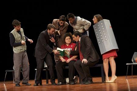 """15 Febbraio 2014 - Teatro Comunale di Casalmaggiore (CR) - """"Il Convegno"""" di Emanuele Valenti con la Compagnia Punta Corsara"""