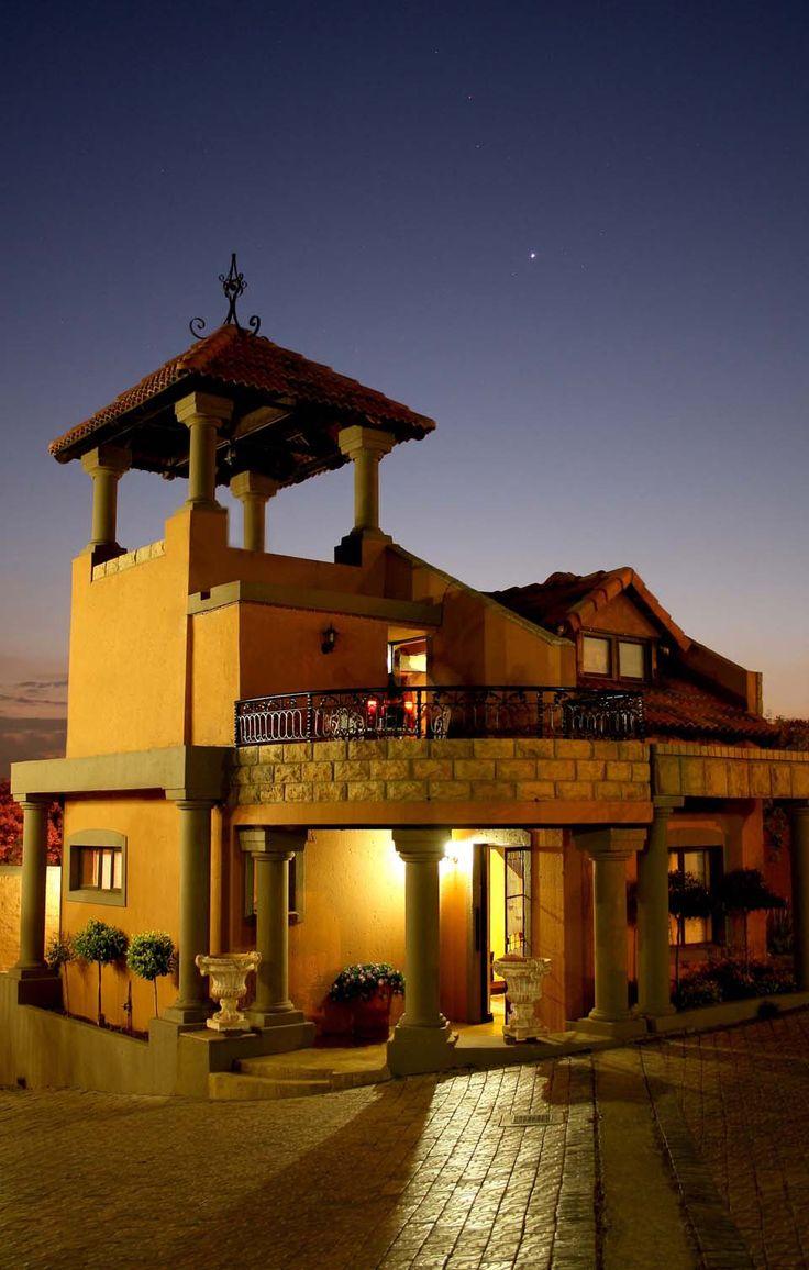 Room 10 unit at Casa Toscana Lodge