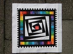paper pieced block by Marjon Savelsberg. Very nice color use.