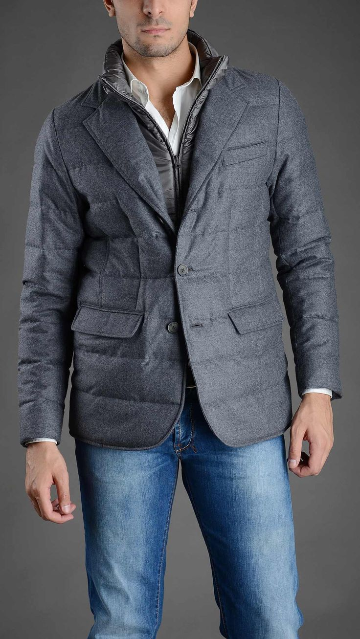 Herno down quilted blazer with removable contrast zippered rib, two pockets, chest pocket, button fastening, 100% wool.
