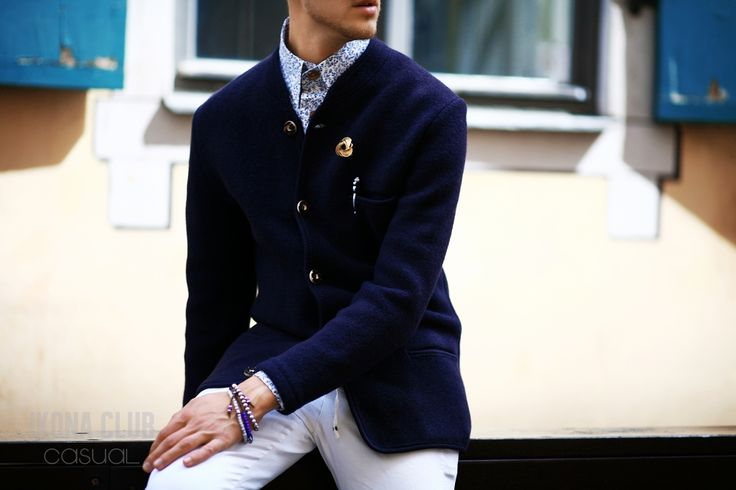 #STREET #FASHION #CASUAL #STYLE #BLOG #ACCESSORIES #BLAZER #SHIRT #BUTTONS #PEN #BROOCH #BANGLE