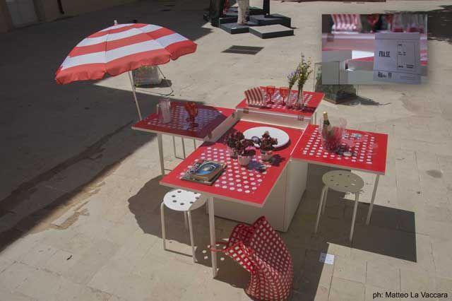 FRA.SE di Sergio e Francesca Abate: Un arredo contenitore in inverno e tavolo da terrazzo in estate, per chi ha poco spazio e tanta voglia di divertirsi con gli amici!  #placedesfolies #madeinmedi