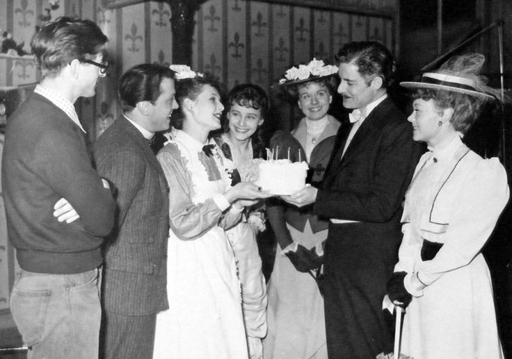 Richard Attemborough & Sheila Sim, 6th marriage's anniversary on the set of The Magic Box. From left to right: John Boulting, Attenborough, Sim, Maria Schell, Margaret Johnston, Robert Donat and Glynis Johns. January, 1951