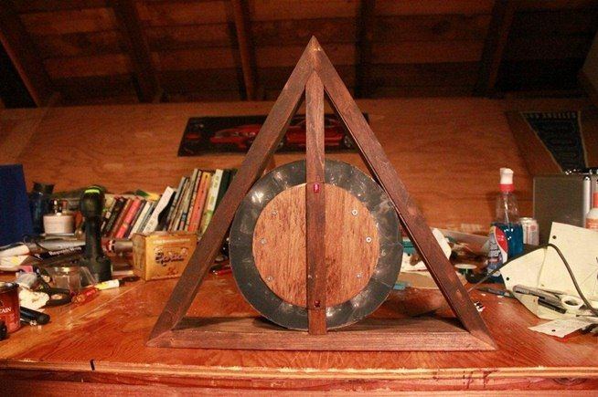 This DIY Deathly Hallows LED Clock Is Perfect for Any Harry Potter Loving Muggle « Hacks, Mods & Circuitry