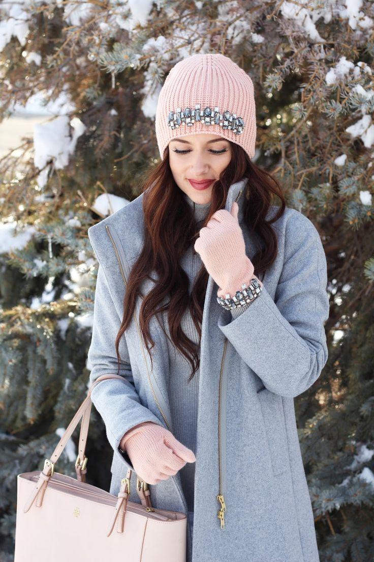 Kiss Me Darling: Already craving spring.... grey coat, blush pink bag, blush pink beanie, gloves, spring outfit