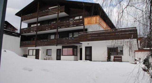 Haus Arabella - Top 15 - #Apartments - $44 - #Hotels #Austria #SeefeldinTirol http://www.justigo.com.au/hotels/austria/seefeld-in-tirol/haus-arabella_42435.html