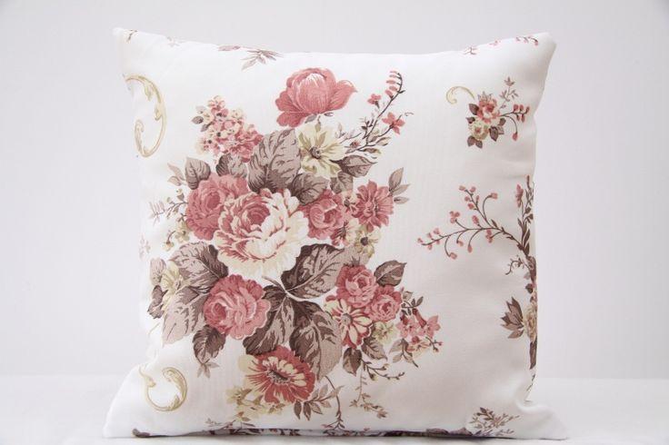 Poszewki na poduszki ecru w róże