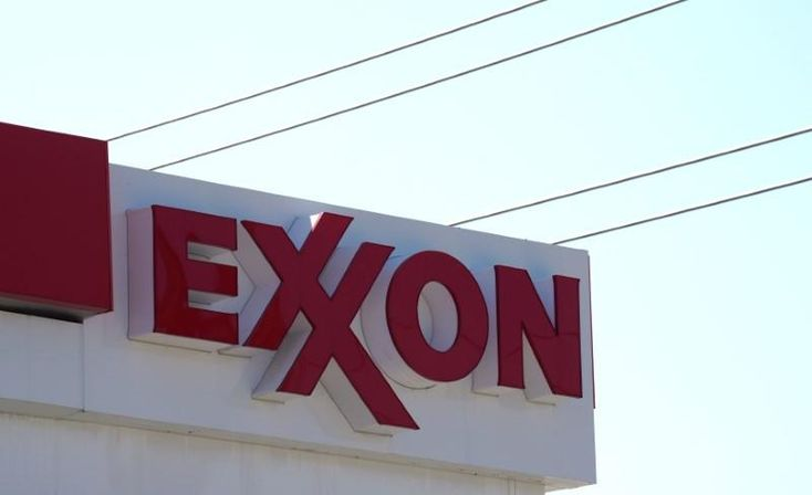 Exxon's third-quarter profit beats expectations despite Harvey dent