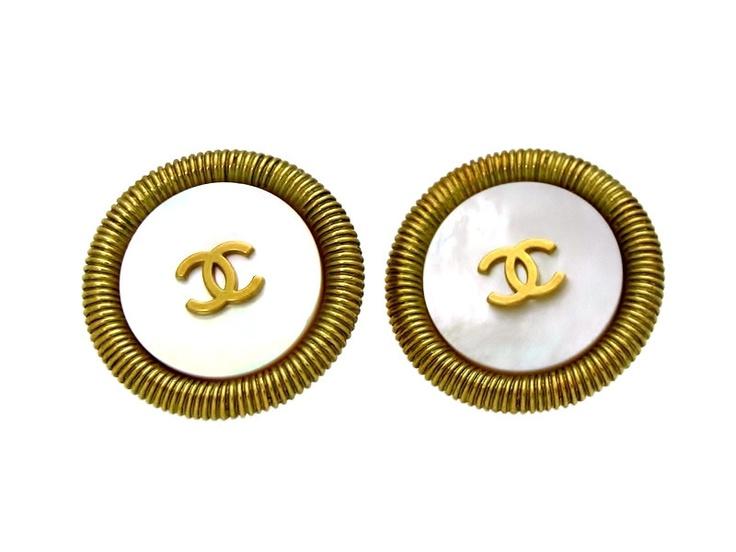 Vintage Chanel earrings CC logo white round