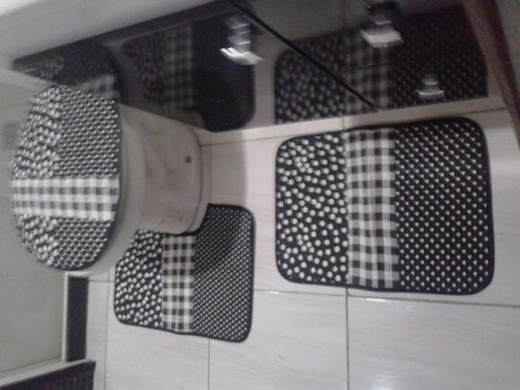 Jogo de Tapete de Banheiro Patchwork
