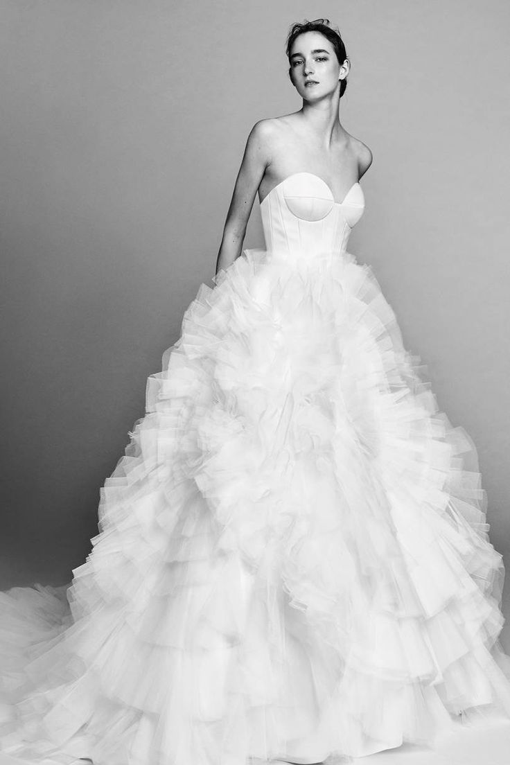 New York Bridal Week Fall 2017: Viktor & Rolf