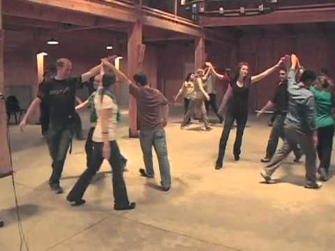 ▶ Barn Dance-Big Mountain Circle.mov - YouTube This is so much like Haste to the Wedding-BJ