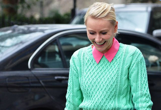 lot the colour, love the cablesGreen Sweaters, Fashion Weeks, Colors Combos, Mint Green, Pretty Nature, Fashion Vintage, London Street Style, Street Style Fashion, Photography Quote