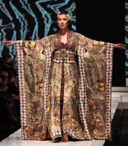 M Butterfly in ikat - I dig! Anne Avantie does such wonderful spins on the traditional dress.