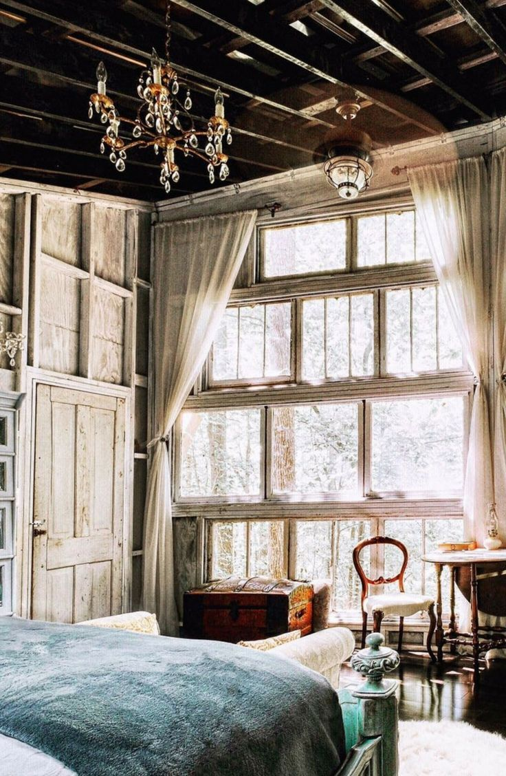 Romantic Luxury Tree House Rental and Retreat in Walhalla, South Carolina