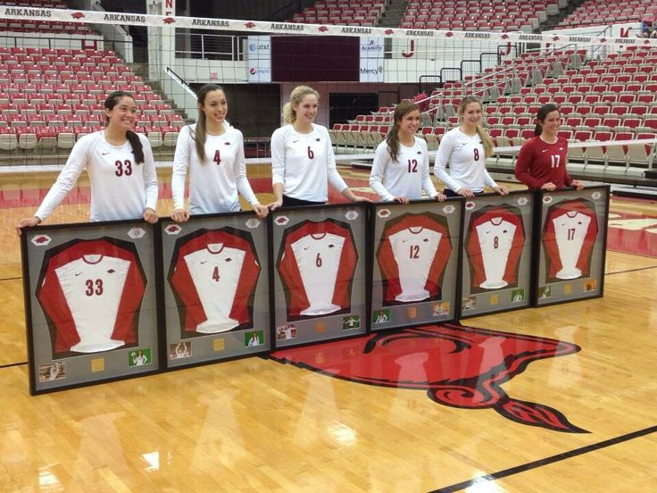 arkansas volleyball seniors on senior night with their framed jerseys foreverhogs senior night ideas pinterest volleyball framed jersey and