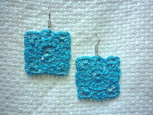 Orecchini quadrati azzurri uncinetto