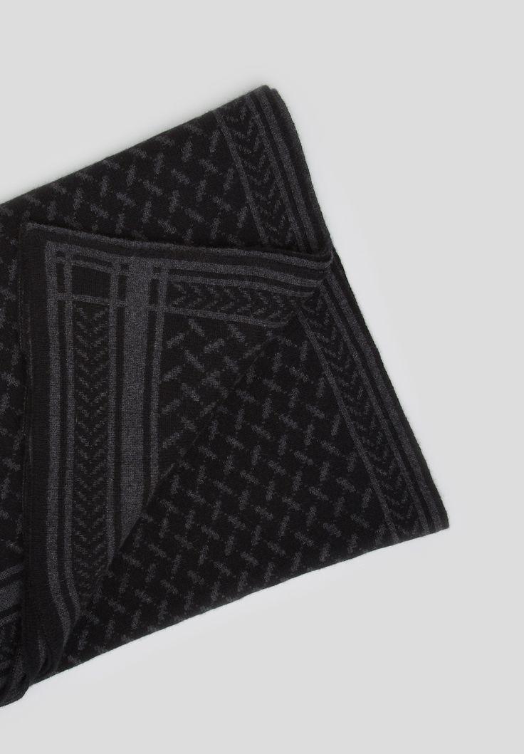 Blanket Trinity Classic, Nero/ Tight   #lalaberlin #lala #berlin #blanket #kufiyanoire #black #cashmere #blanket #gift