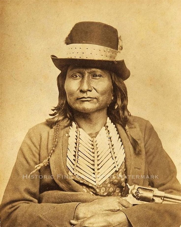 COMANCHE CHIEF GREY LEGGINS VINTAGE PHOTO NATIVE AMERICAN INDIAN 1870 - 20881