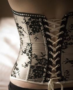 b/w lace corset