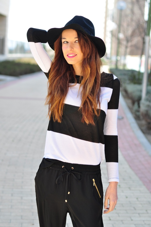 STRIPES,RAYAS BLANCAS Y NEGRAS,, BAGGY, LOOKBOOK
