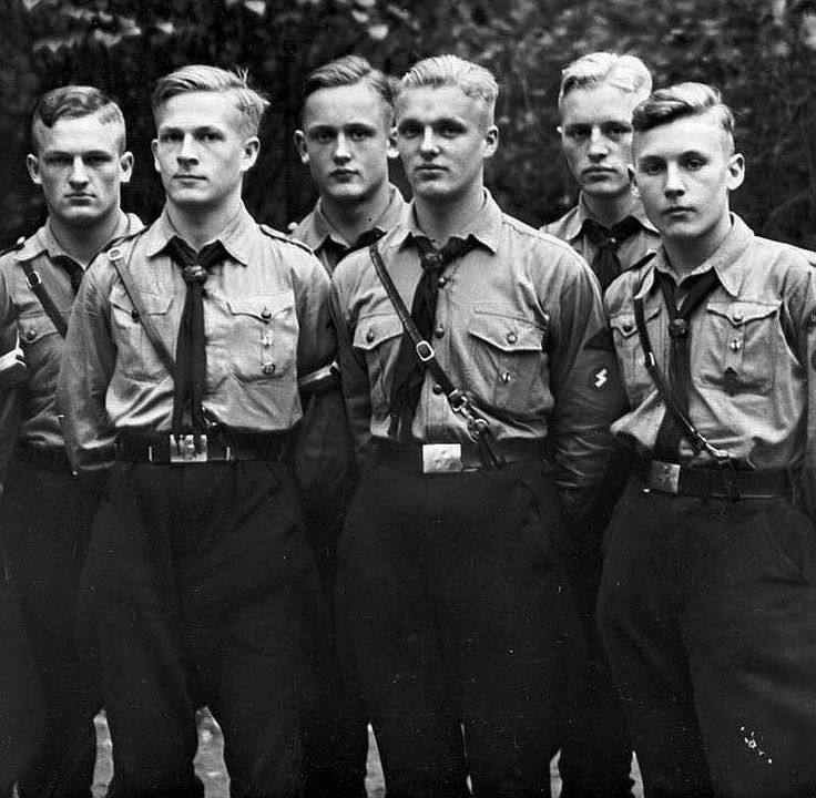 ✠ HitlerJugend: In 1922 the Nazi Party established its official youth organization called 'Jugendbund der NSDAP'. In April 1924 it beacame the 'Grossdeutsche Jugendbewegung' (Greater German Youth Movement). On 4 July 1926, this was in turn officially renamed 'Hitler Jugend Bund der deutschen Arbeiterjugend', (Hitler Youth League of German Worker Youth). The architect of the re-organisation was Kurt Gruber, a law student from Plauen in Saxony.