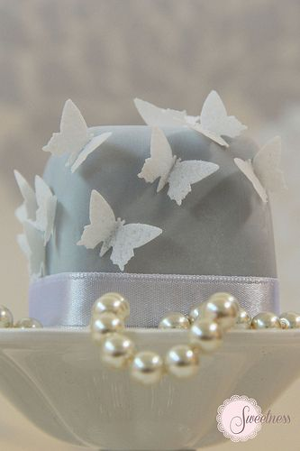 Oh. what a sweet little cake! Butterfly mini cake. www.sweetnessonline.co.uk One little bite, a mouthful of perfect confection, for a special day in your life! You really have to check their pinterest site out also!