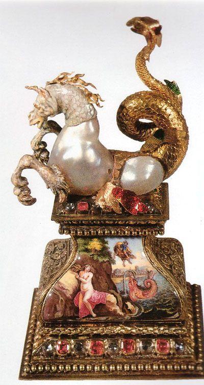 Manifattura fiamminga-Chimera in oro,smalti,pietre preziose e perle barocche-XVII-XVIII secolo-Cripta Verde-Dresda