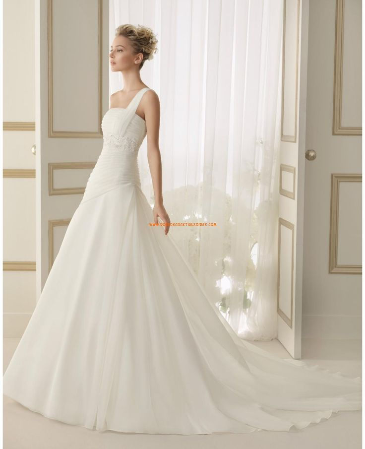 157 best wedding dresses fara sposa images on pinterest for Best place to buy cheap wedding dress