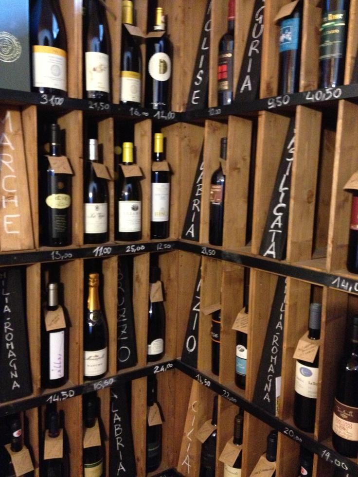 Banca del vino #Pollenzo #InvasioniDigitali