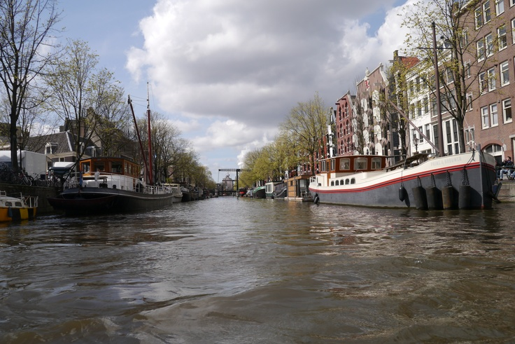 Un canal d'Amsterdam — avril 2012