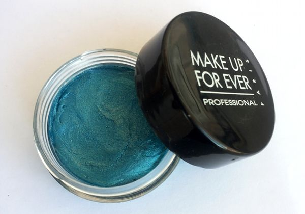 The Beauty Hunters: Swatch & Review: Make Up ForEver - Aqua Cream n. 21