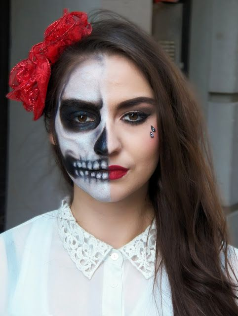 Pretty Makeup With The Eye Glitters 2052994: Pretty Half Skull Tutorial