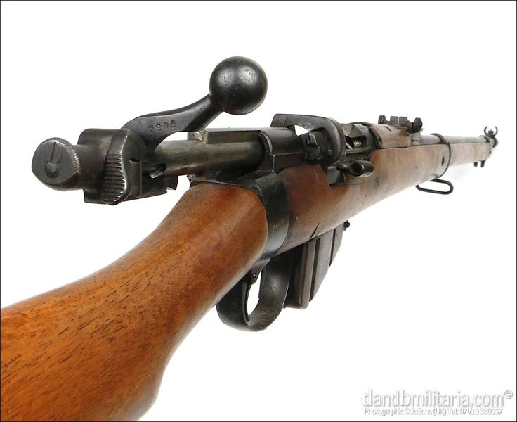 Charger-loading long Lee-Enfield MkI, action open