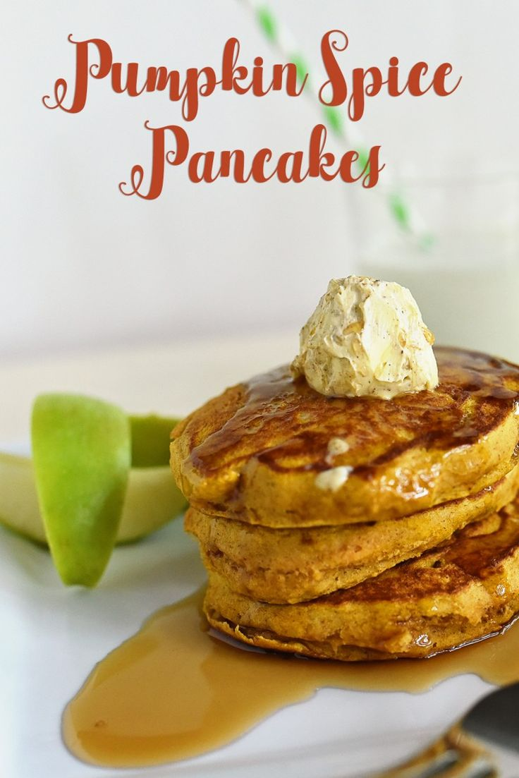 Try these easy and delicious pumpkin spice pancakes  #ad #12DaysofPancakes