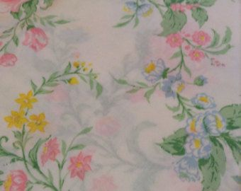 2 Vintage Twin Flat Bed Sheets Pink & Yellow Rose Floral Twin