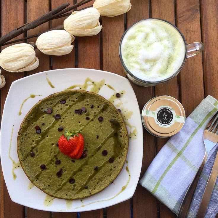 """63 Me gusta, 1 comentarios - Vive Té Verde Chile- Té Matcha (@viveteverdechile) en Instagram: """"La mejor forma de comenzar el día 😋 Matcha Pancake con chispas de chocolate y #lattematcha con…"""""""