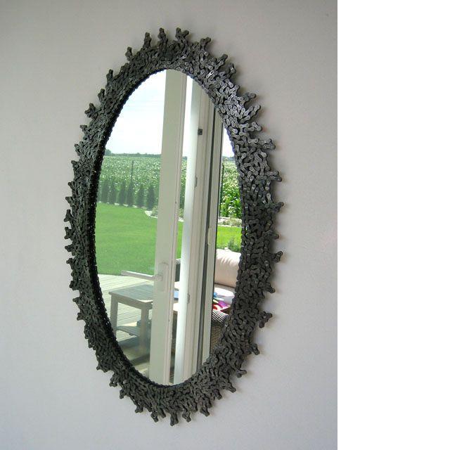 Rokoko bike - mirror made of bike chains