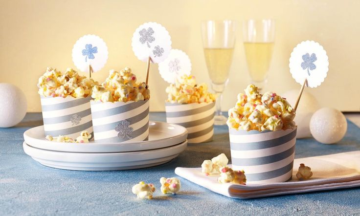 Weißes Schoko-Popcorn Rezept   Dr. Oetker