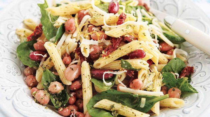 Salade de légumineuses et de pâtes à la toscane