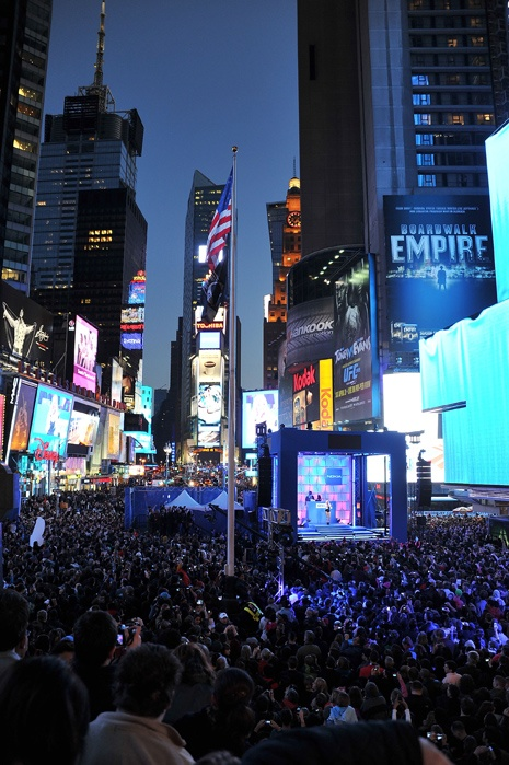 New York - Shutting down TIMES SQUARE!!!!!! Let's go #Nokia