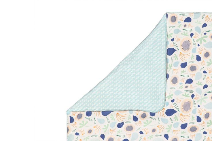 Fleeting Flora 2-in-1 Play and Toddler Blanket